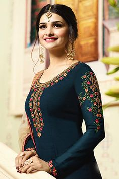 Glossy Simar Veenaz Pure Georgette and Heavy Embroidery Suits 18031 Beautiful Pakistani Dresses, Unique Prom Dresses, Pakistani Dress Design, Pakistani Outfits, Stylish Dresses, Stylish Suit, Dress Indian Style, Indian Dresses, Eid Dresses