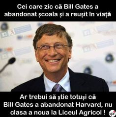 Bill Gates, Funny Pictures, Funny Pics, Jokes, Lol, In This Moment, Reading, Face, Photography