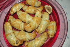 Himmlische Maronikipferl sind in der Maroni Saison der Renner. Einfach einen Mürbteig zubereiten füllen und schon ist das Rezept fertig.