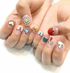 Have you found your nails lack of some stylish nail art? Sure, recently, many girls personalize their nails with lovely … Cute Summer Nails, Cute Nails, Pretty Nails, Spring Nails, Minimalist Nails, French Nails, Nail Art Designs, Cartoon Nail Designs, Nagellack Design