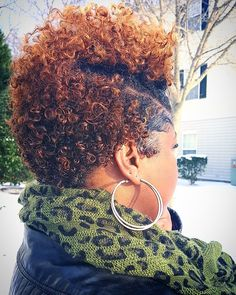 My first wash n go .on my new cut 💙 I used Shea Moisture Curl enhancing cream and Krystal Ego Styler Gel Short Curly Hair, Short Hair Cuts, Curly Hair Styles, Natural Hair Styles, Tapered Natural Hair, Natural Curls, Twa Hairstyles, Haircuts, Braided Hairstyles