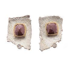 Lambrusco Earrings by Davide Bigazzi Contemporary Jewellery, Modern Jewelry, Metal Jewelry, Silver Jewelry, Unique Jewelry, Silver Ring, Jewelry Crafts, Jewelry Art, Fashion Jewelry