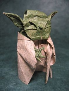 Another amazing origami Yoda photo.