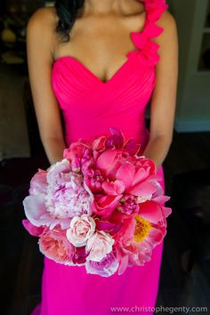 Hot pink bridesmaid bouquet | Tanya and Oscar's romantic Napa wedding | Photography: Christophe Genty Photography | See the full wedding: http://www.xaazablog.com/romantic-naps-wedding-by-christophe-genty-photography/