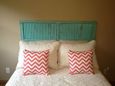 Shutter headboard for the bed Teen Girl Bedrooms, Guest Bedrooms, Master Bedroom, Bedroom Themes, Bedroom Decor, Diy Shutters, Repurposed Shutters, Guest Room Office, Recycled Furniture