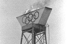 Garmisch-Partenkirchen The Olympic flame burns during the Winter Olympics. Winter Olympic Games, Winter Games, Winter Olympics, 1936 Olympics, Berlin Olympics, Olympic Flame, Shot Put, Pole Vault, Thats The Way