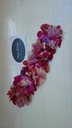 Cinturón de flores de novia, ramo de novia, cinturón de flores, invitada, invitada perfecta, Miss Daisy, cinturones de flores, tocados, tocados personalizados Kalamkari Designs, Daisy, Floral Wreath, Wreaths, Flowers, Jewelry, Decor, Dress, Flower Crowns