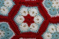 http://adaliza.files.wordpress.com/2011/11/crochet-snowflake-close-up1.jpg