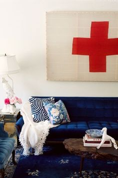 The new classic My Living Room, Living Room Decor, Blue Couches, Navy Sofa, Army Room, The New Classic, Interior Decorating, Interior Design, Eclectic Decor