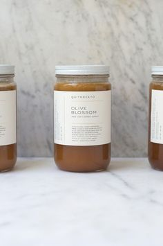 A rare, dense California polyfloral honey with notes of dried apricots and candy corn. Harvested from a single unsprayed olive orchard, the bees feed on Manzanillo and Mission olive trees along with blossoming lupine, gilia, poppy, and helianthella plants.