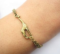 I heart giraffes. Someone find this for me!