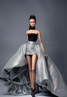 """Platinum Star"" Poppy Parker Doll Outfit by Minh Tu Fashion Royalty Dolls, Fashion Dolls, Poppy Parker, Beautiful Barbie Dolls, Barbie Fashionista, Barbie Collection, Stage Outfits, Contemporary Fashion, Poppies"