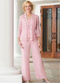 Pant Suits Straps Square Ankle-length Chiffon Lace Mother of the Bride Dress Mother Of The Groom Suits, Mother Of Bride Outfits, Mothers Dresses, Mother Bride, Wedding Pants, Pink Wedding Dresses, Bridal Dresses, Pant Suits For Wedding, Party Dresses