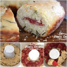 Pão de colher, sem sova, sem sujeira na cozinha Pão de Azeite com alecrim, recheado com calabresa defumada e fatiada. Pá pum de fazer e uma delicia http://www.montaencanta.com.br/pao/pao-de-azeite-sem-sova-com-calabresa/