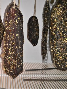 Dried Beef Recipes, Meat Recipes, Coriander Spice, Wet Style, Making Jerky, Biltong, Grilled Steak Recipes, Fresh Meat, Venison