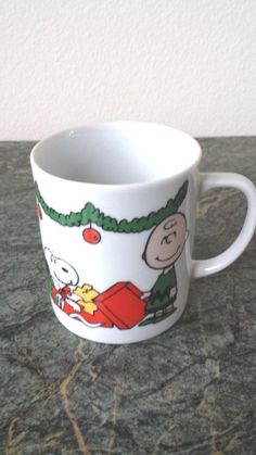 VINTAGE 1965 PEANUTS GANG SNOOPY, CHARLIE BROWN & LUCY CHRISTMAS COFFEE MUG, CUP in Collectibles | eBay
