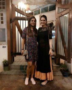 Churidar Designs, Kurti Neck Designs, Kurta Designs Women, Kurti Designs Party Wear, Blouse Designs, Chudi Neck Designs, Casual Indian Fashion, Indian Fashion Dresses, Dress Indian Style