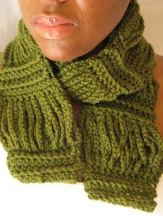 Crochet Chain Fashion Scarf  Forest Green  Unisex  by sedruola, $39.97