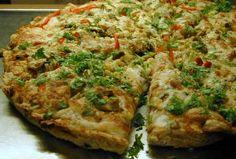 Vegeta Vertshus' pizza | Norsk Vegetarforening Vegetable Pizza, Quiche, Beverage, Vegetables, Breakfast, Food, Breakfast Cafe, Drink, Veggies