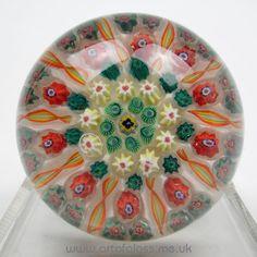 Strathearn 10 spoke millefiori vintage glass paperweight