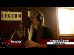 ANTONELLA ZANETTI graba Cry Me A River en Estudio Lexico