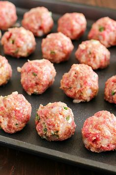 Baked Meatballs That Are Some Of The Best Ever Meatballs In The History Of All Meatballs Such A Simple And Easy Meatball Recipe. Tender And Flavorful Perfect To Add To Spaghetti Sauce Or Any Other Recipe That Requires Basic Meatballs Meatball Recipes, Meat Recipes, Cooking Recipes, Simple Meatball Recipe, Best Baked Meatball Recipe, Healthy Recipes, Recipies, Meatball Subs, Hamburger Recipes