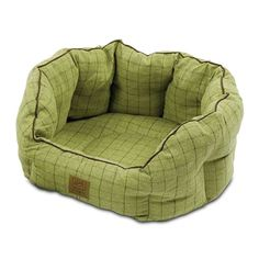 wuffstuff - House Of Paws Green Tweed Oval Dog Bed, £27.99 (http://wuffstuff.com/house-of-paws-green-tweed-oval-dog-bed/)