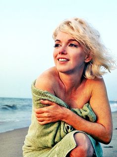 Marilyn June 29, 1962 by George Barris