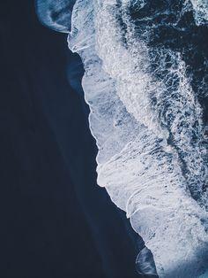 Black Waves. - www.instagram.com/airpixels www.airpixelsmedia.com www.facebook.com/airpixelsmedia