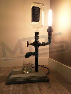 lamp single barrel jack daniel wine bottle ideas pinterest lampadine di edison jack. Black Bedroom Furniture Sets. Home Design Ideas
