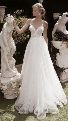以色列婚纱品牌 Naama & Anat 释出2016秋冬「Spiritual Design 精神设计」婚纱系列LookBook,本季系列集合了很多女性们最爱的婚纱款式,复杂的轮廓、精致的蕾丝、华丽的珠饰加上性感绝伦的后背设计,给新娘们带来新的婚礼时尚。