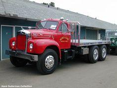 Old Mack Trucks, Big Rig Trucks, Semi Trucks, Cool Trucks, Pickup Trucks, All Truck, Truck Art, Mack Attack, Big Girl Toys