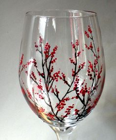 Painting on glass–personalized wine glasses Wine glass painting designs Diy Wine Glasses, Hand Painted Wine Glasses, Wine Glass Crafts, Wine Bottle Crafts, Bottle Painting, Bottle Art, Painting On Glass, How To Paint Glass, Painting On Wine Bottles