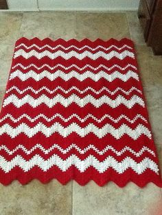 Ravelry: 2 Peppermint Candycane seed stitch - Redheart Ripple Effect Booklet Crochet Cable Stitch, Knit Crochet, Christmas Crochet Blanket, Christmas Afghan, Yarn Projects, Crochet Projects, Afghan Crochet Patterns, Crochet Afghans, Crochet Blankets