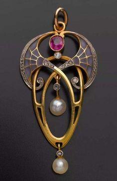 Jewelry: Art Nouveau, Arts & Crafts, Jugendstil