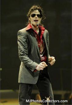 <3 Michael Jackson <3 - wow he looks stunning here