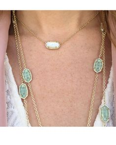 >>>Pandora Jewelry OFF! >>>Visit>> Elisa Pendant Necklace in Ivory Pearl - Harness the beauty of the sea with the Elisa delicate necklace in ivory mother-of-pearl by Kendra Scott. Cute Jewelry, Jewelry Box, Jewelery, Jewelry Accessories, Gold Pendant Necklace, Turquoise Necklace, Pearl Necklaces, Kendra Scott Necklace, Blue Lace Agate