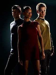 A new series of movies sleekly updates the iconic uniforms for a new generation of fans. - Page 8 Star Trek 2009, Film Star Trek, New Star Trek, Star Trek Beyond, Star Trek Movies, Star Wars, Zachary Quinto, Star Trek Chris Pine, Star Trek Uniforms