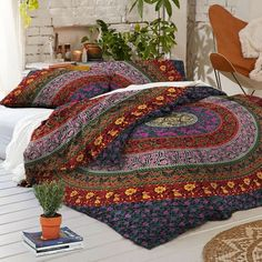 Add an ethnic feel to your room with this cotton handmade Mandala Bedspread, Duvet Cover. This Duvet cover made from two thin layer of cotton mandala printed fabric make this piece of art irresistible and also very comfortable.A must have in any season for all ethnic savvy ones. | eBay!