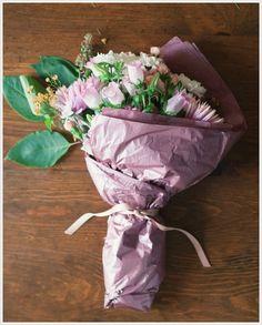 7 maneiras de montar buquês com flores de supermercado