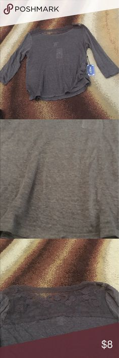 Gray lace back long sleeve top never worn Gray lace back long sleeve top never worn Forever 21 Tops Tees - Long Sleeve