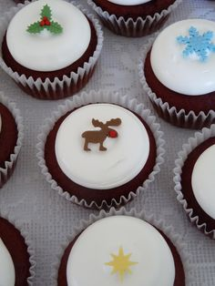 https://flic.kr/p/dCuZ1x   Christmas cupcakes are done!   I love this time of year :o)