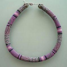 Items similar to Pink Bead Chrochet Necklace-Pink Necklace on Etsy Bead Crochet Patterns, Bead Crochet Rope, Beading Patterns, Beading Tutorials, Seed Bead Earrings, Beaded Earrings, Beaded Jewelry, Seed Beads, Crochet Beaded Bracelets