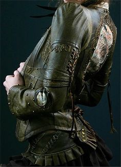 Leathers for riding once she's in Winterfell. Not sure how accurate they are but they scream Irina to me.
