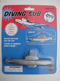 Baking Powder DIVING SUB Soda vtg retro Cereal Toy Submarine