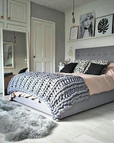 Sypialnia w stylu Hampton. http://domomator.pl/sypialnia-stylu-hampton/