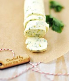 Homemade Christmas Gift Idea: Savory Compound Butter Recipe with Sage, Rosemary, Thyme & Lemon — Savor The Thyme - Food, Family and Lifestyle Sage Recipes, Herb Butter, Sage Butter, Lemon Butter, Compound Butter, Homemade Butter, Homemade Christmas Gifts, Butter Recipe, Kraut