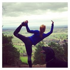 Mountain top yoga - outdoor yoga    Fit fashion, active living and yoga leggings