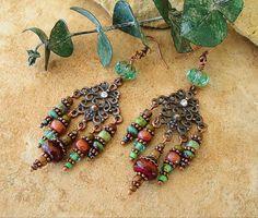 Boho lustre, urbain gitane, boucles, bijoux tribaux, bijoux Bohème, rustique couleurs terreuses, cadeau pour elle, de Kaye Kraus