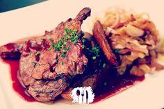 A receita nova do dia é paleta bovina sem osso à escabeche. Fica uma delícia! http://fabiolenza.com.br/?p=1813